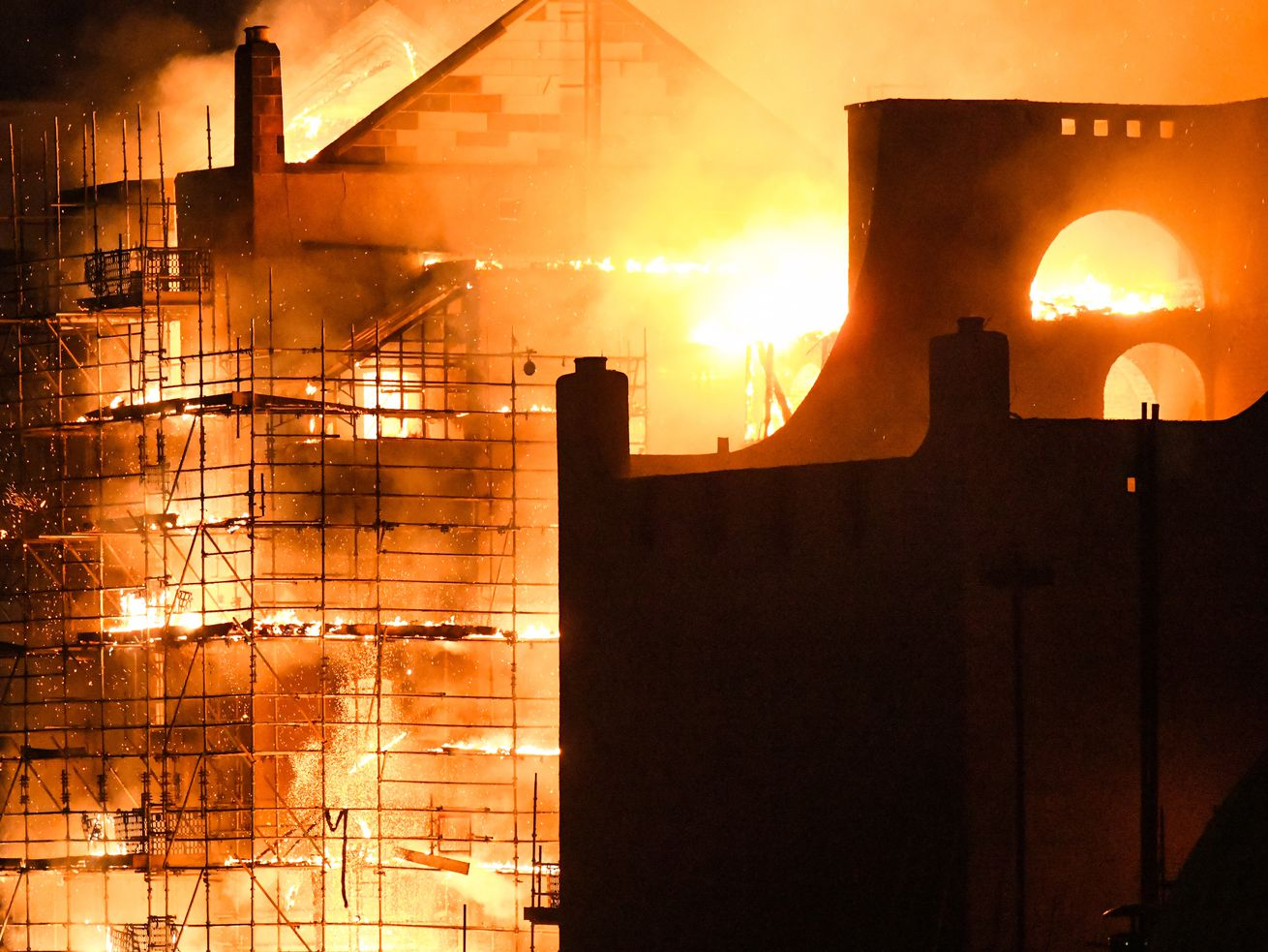 Iconic Glasgow School of Art to be dismantled after fire