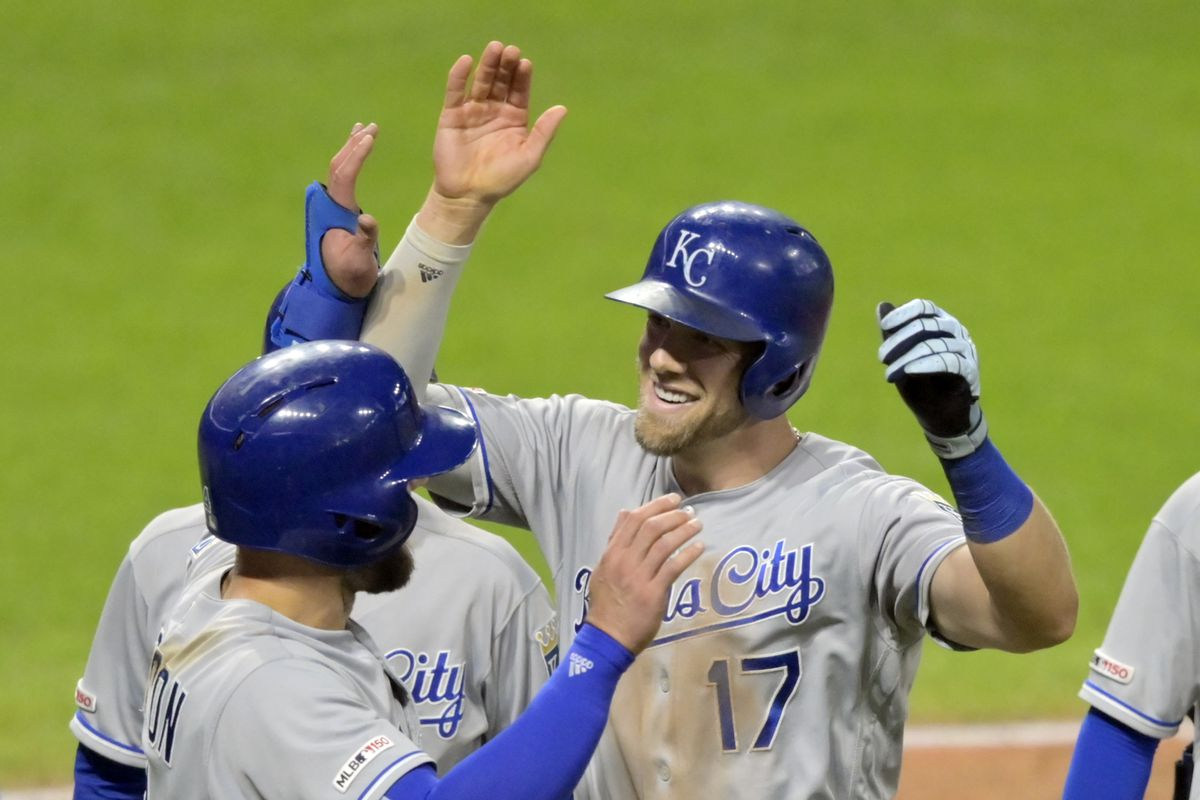 Royals roar back in the ninth to defeat Cleveland on a Hunter Dozier grand slam