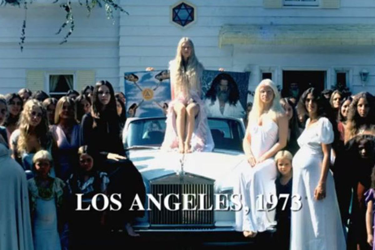Racked La Looking Back At Stylish 70s Cult Las The Source Family Racked La
