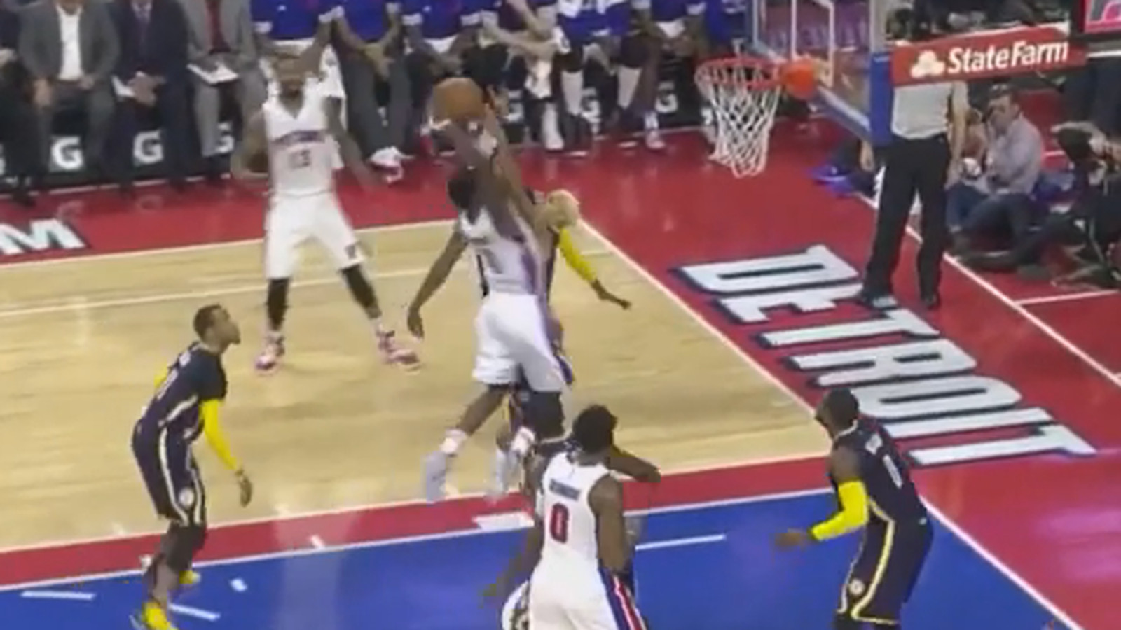 reggie jackson explodes for big dunk on the pacers