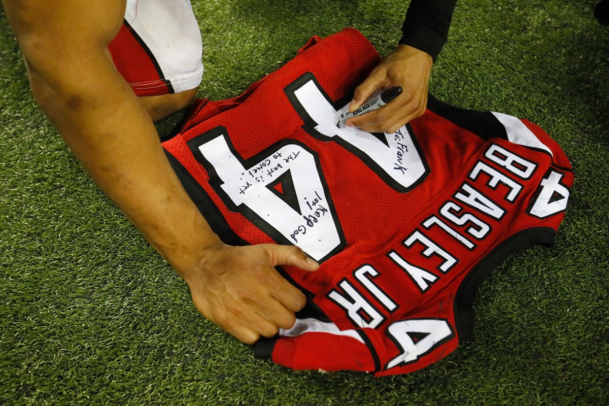 huge selection of e8b99 a92bb The Falcons have tweaked their uniforms, but there's no sign ...