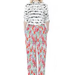 "<b>Kenzo</b> <a href=""http://otteny.com/catalog/clothing/pants/cubic-flowers-pants.html"">Cubic Flowers Pant</a>"