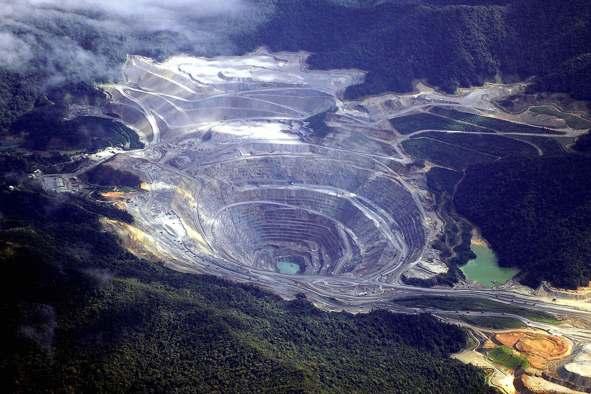 An aerial shot shows the US giant Newmont mine on Sumbawa island, April 4, 2007.