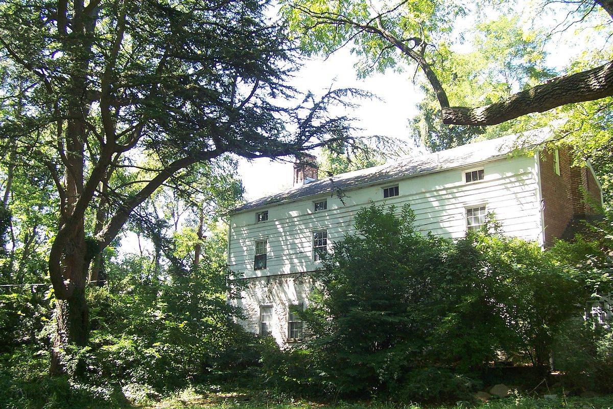 Frederick law olmsted s landmarked staten island homestead for Fredrick house