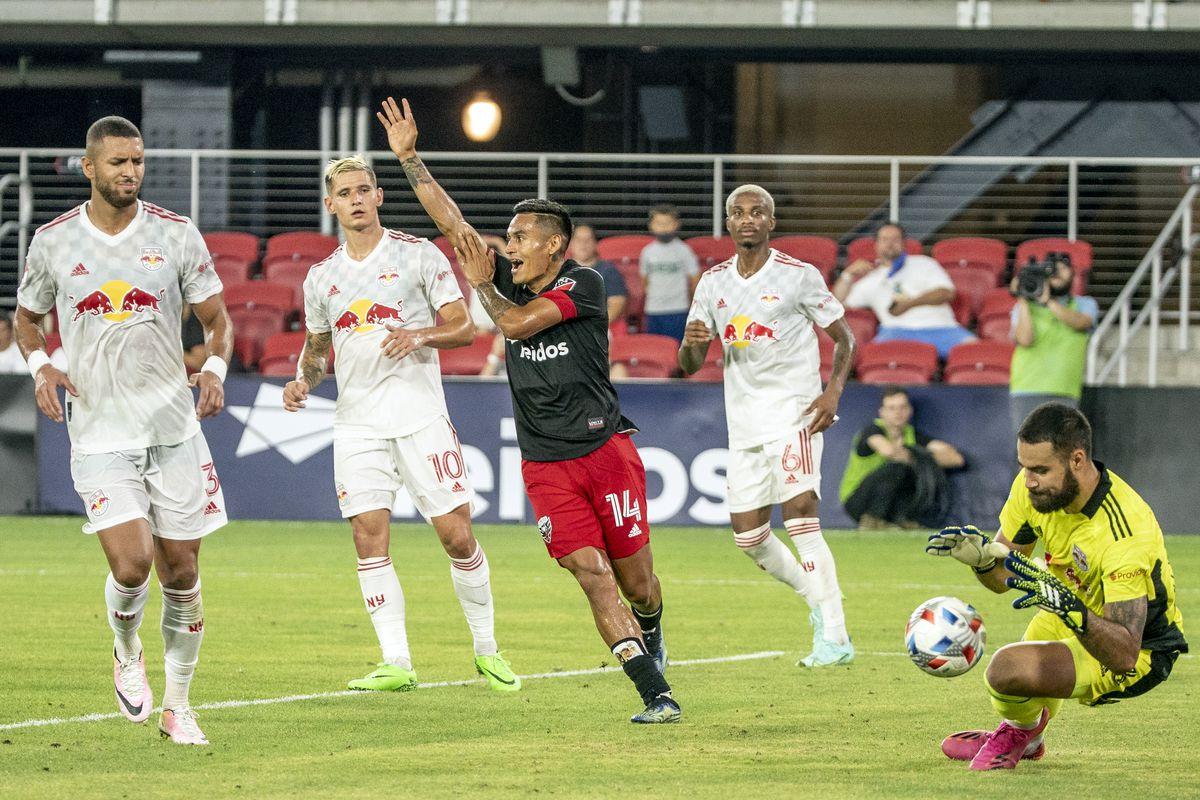 SOCCER: JUL 25 MLS - New York Red Bulls at DC United