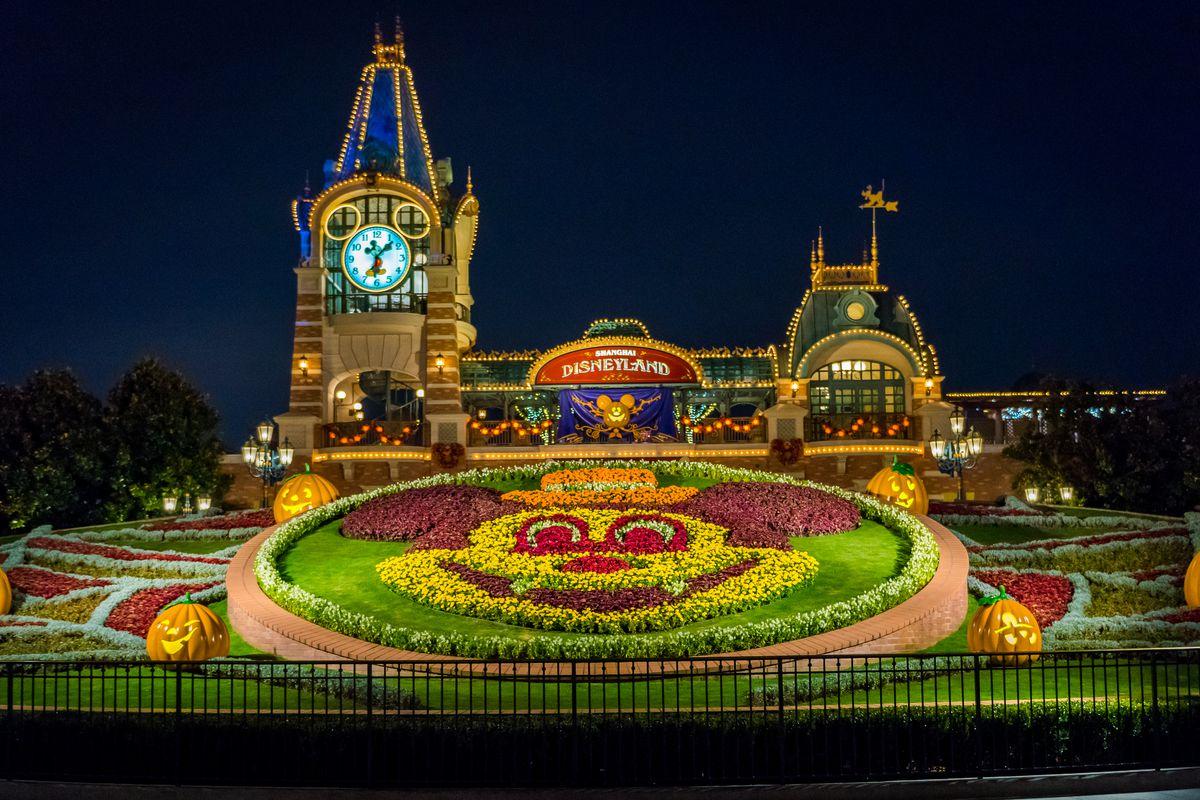 Shanghai Disney Resort Decorated For Halloween