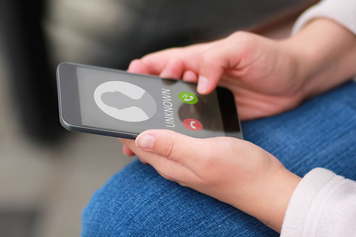 Block spam robocalls: FCC allows carriers to automatically