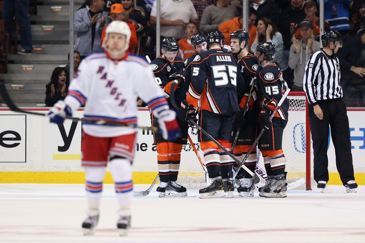The entire Metropolitan Division is out of focus.