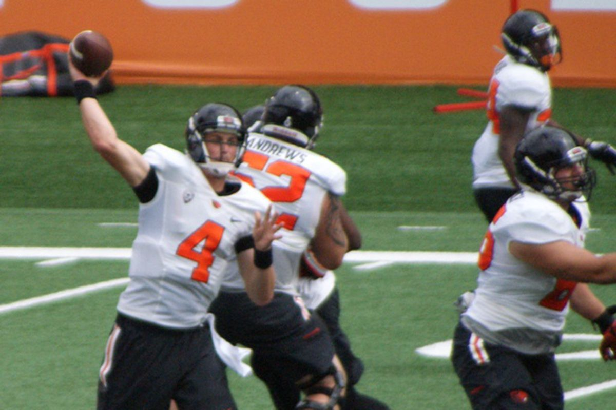Oregon St. quarterback Sean Mannion is getting more comfortable with his receivers, now that the starters are all healthy.