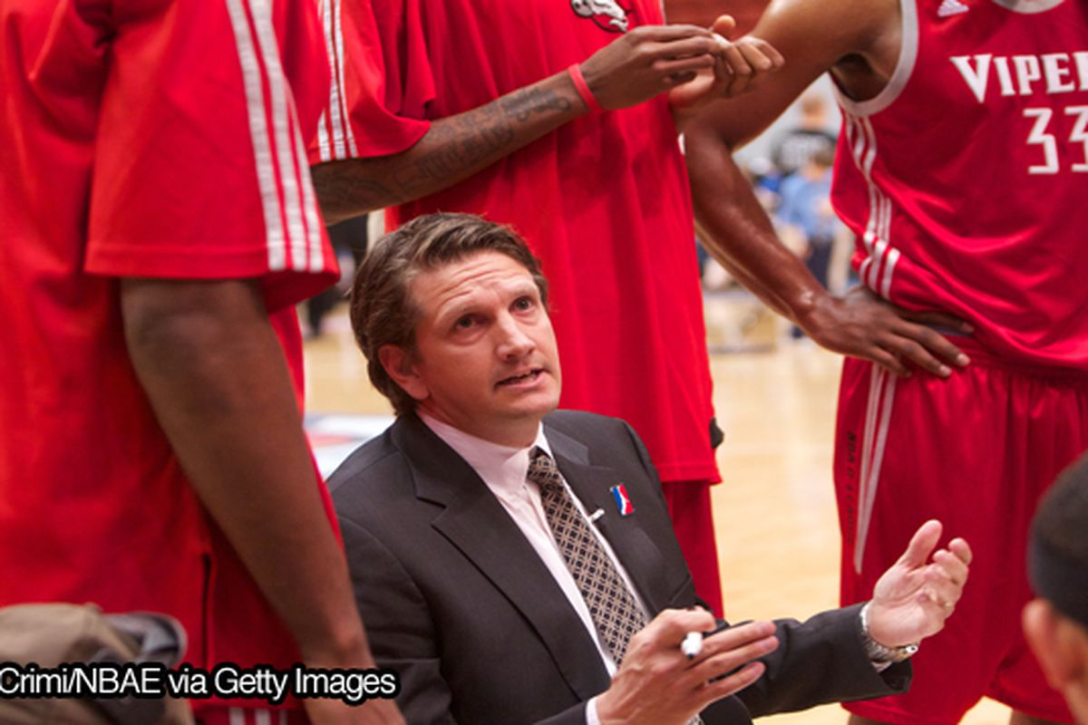"via <a href=""http://956sports.com/wp-content/uploads/2011/01/finch-coaching.jpg"">956sports.com</a>"