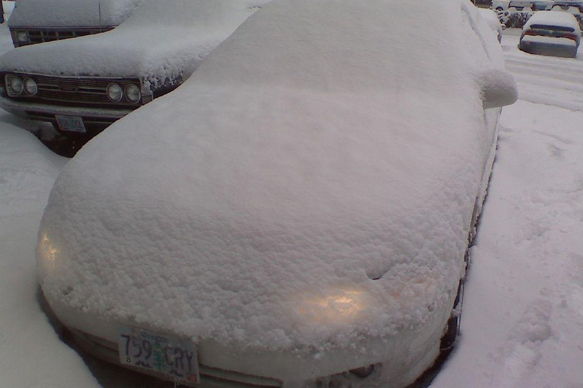 """via <a href=""""http://images.walkingsaint.com/images/2008snow-car2.jpg"""">images.walkingsaint.com</a>"""