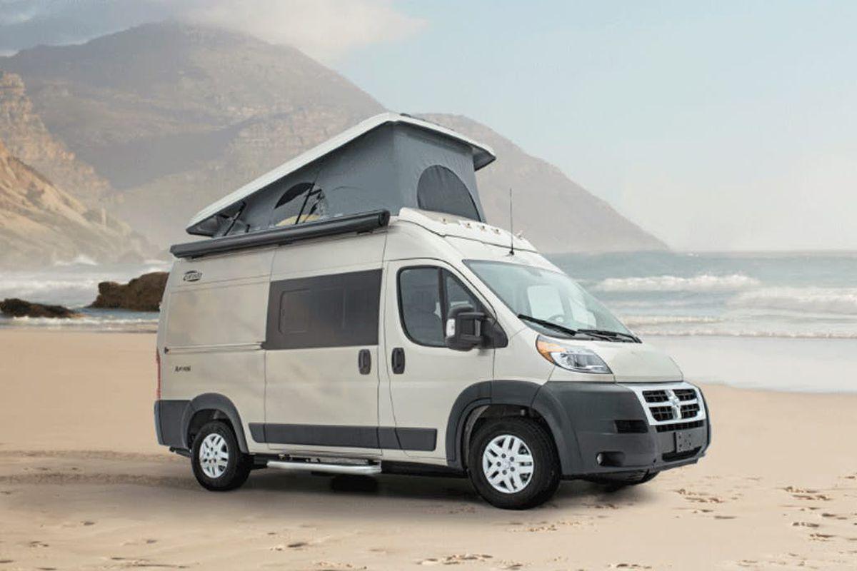 Camper Van Sleeps 4 With Pop Top Roof Curbed