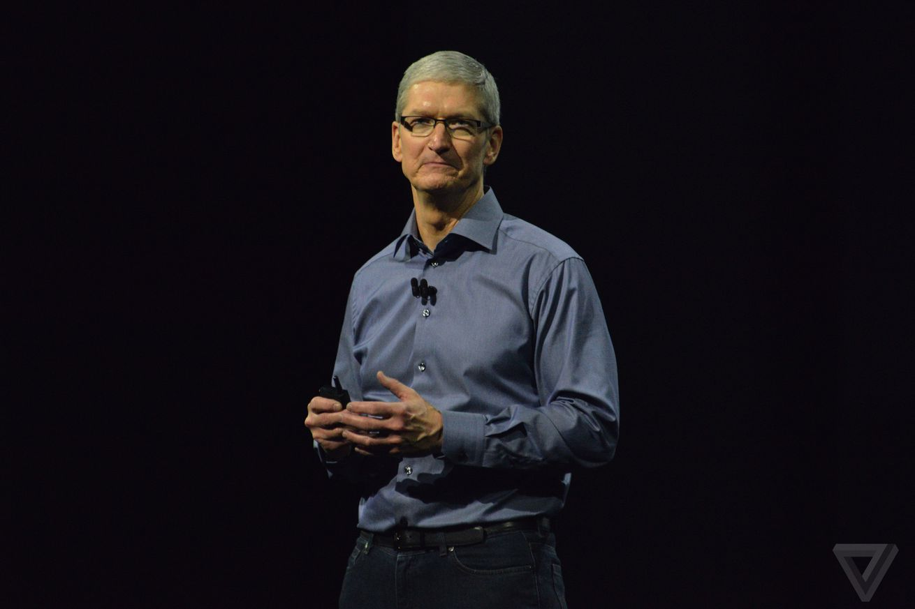 Read Apple CEO's email denouncing white supremacism in Charlottesville