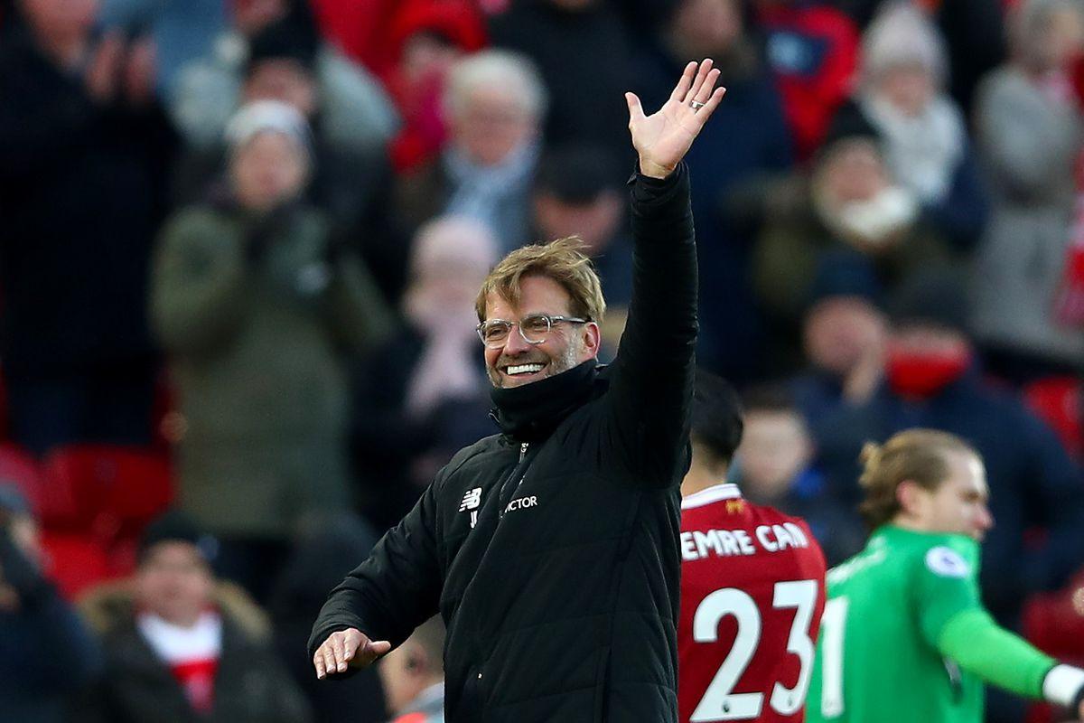 Jurgen Klopp wants Sadio Mane to sign new contract at Liverpool