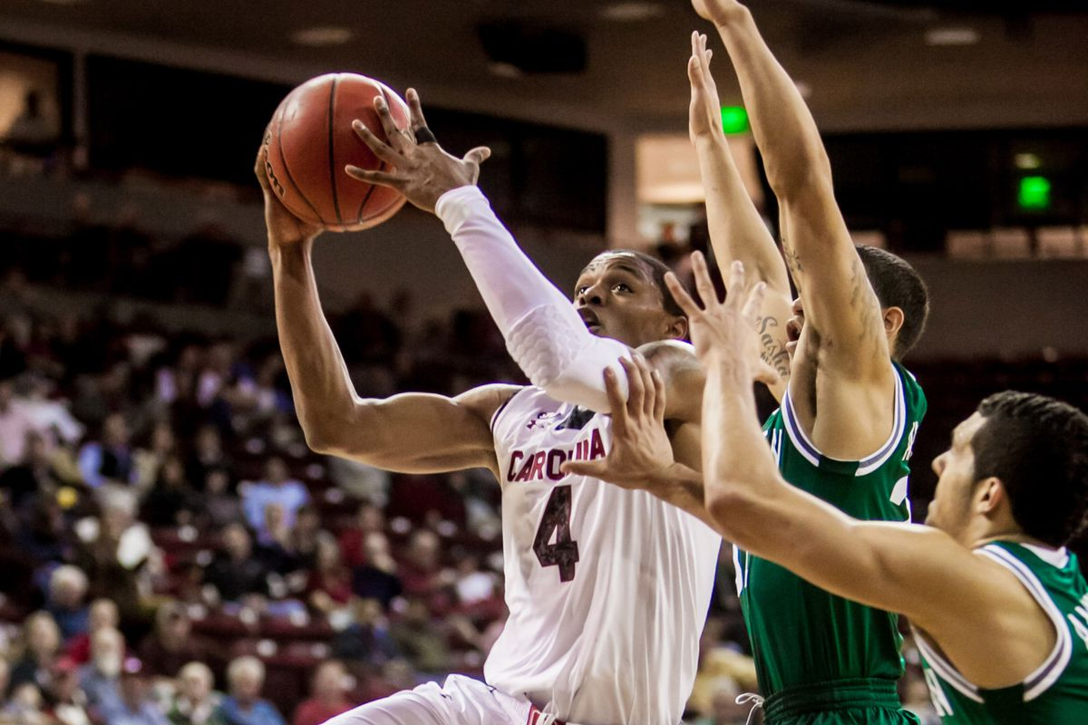 Sindarius Thornwell contributed 17 points, but they weren't nearly enough to beat Manhattan on Tuesday.