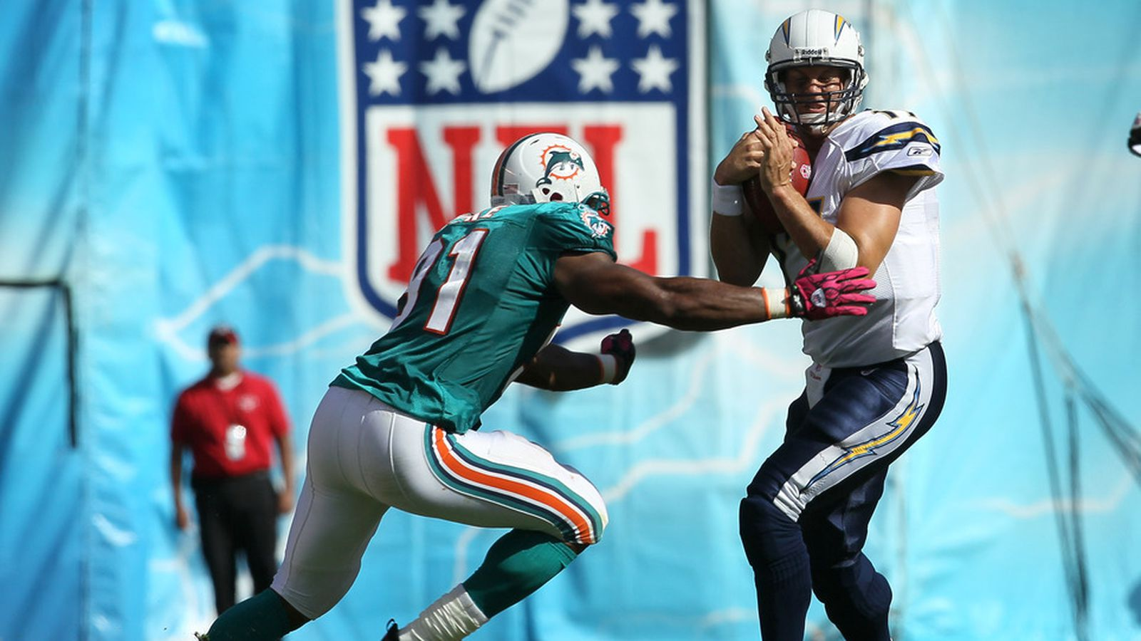 Chargers Vs Dolphins Week 11 Game Time Tv Schedule