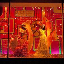 Neiman Marcus window photographed by Elizabeth Daniels