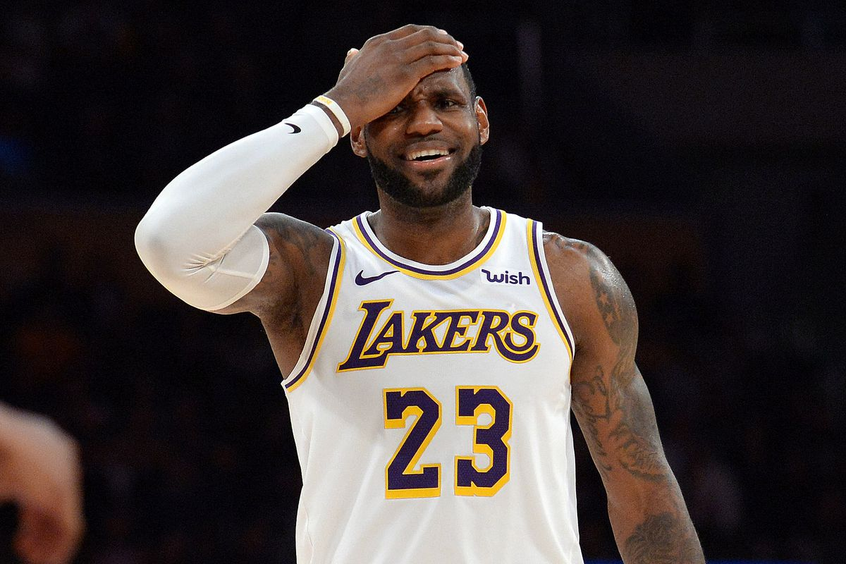 9fb70c86a84 Lakers reportedly had a players-only meeting to push back on LeBron James  for his  inconsistent body language