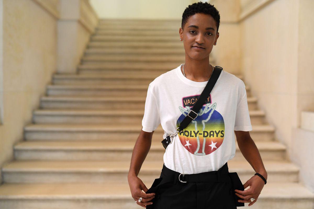 Valentino: Front Row - Paris Fashion Week - Menswear Spring/Summer 2019
