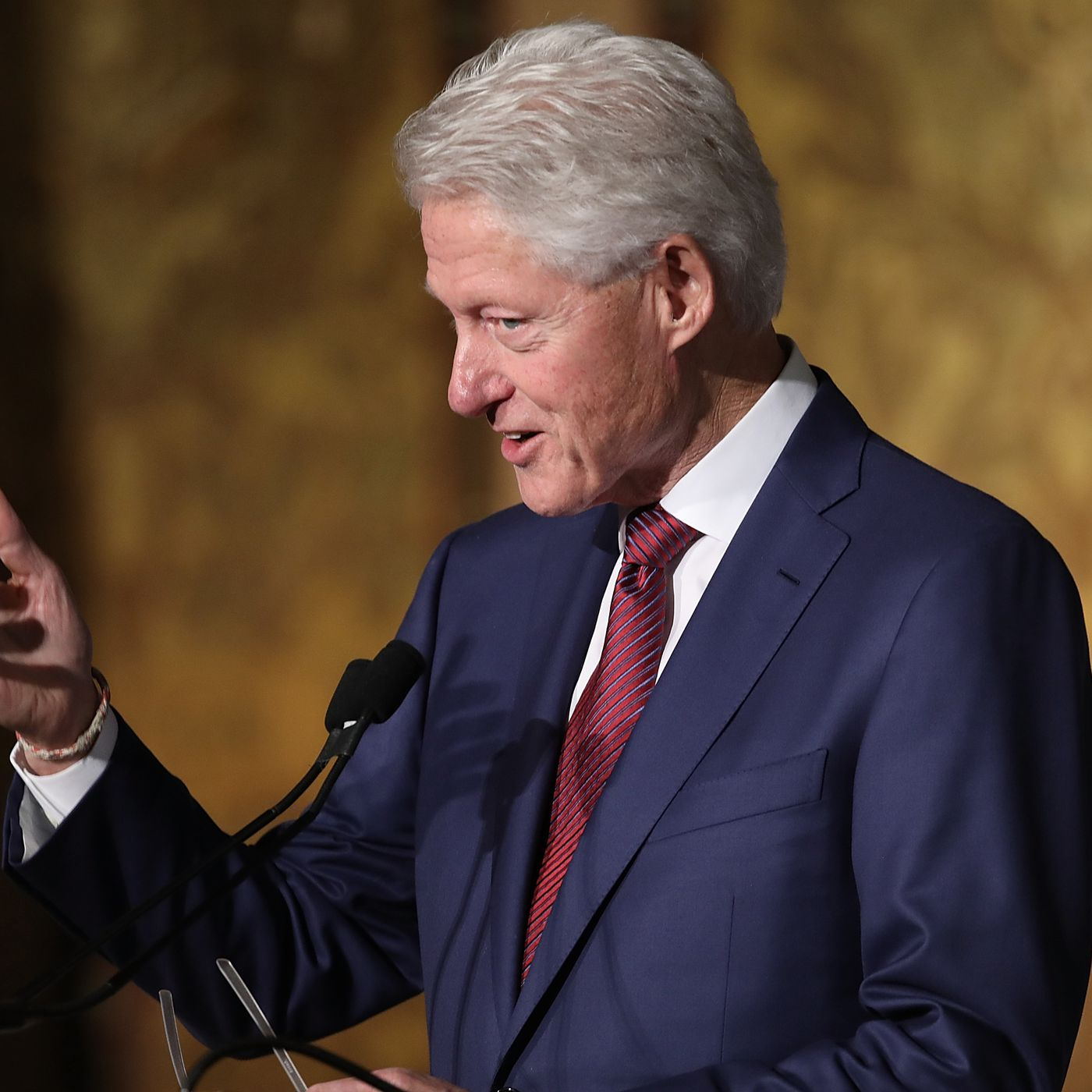One Reason Liberals Let Bill Clinton Off The Hook In 90s They Strange Nostalgia For Future How To Tie A Were Afraid Of Looking Like Prudes Vox