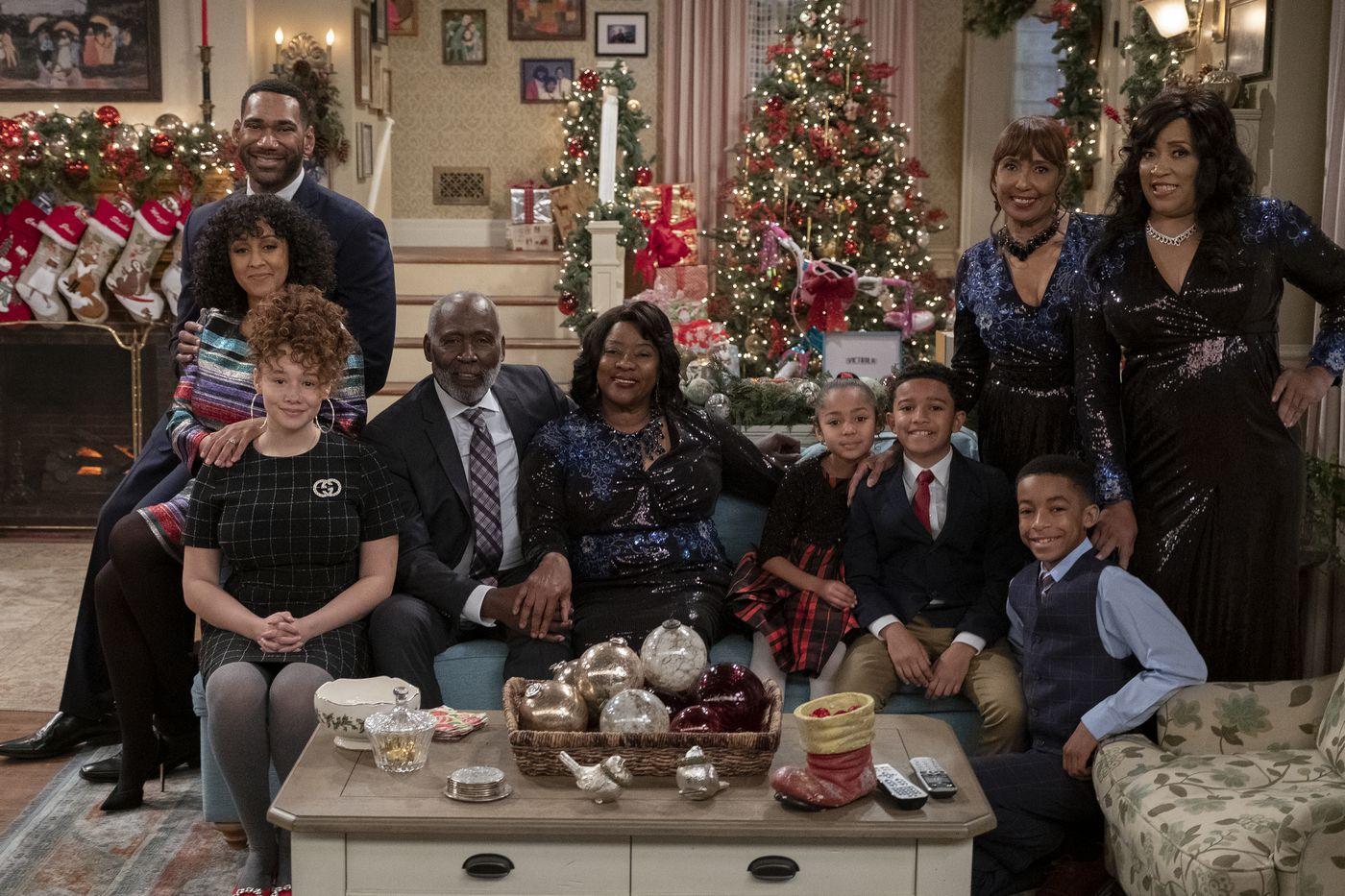 Home Alone Christmas Reunion 2019.Every Netflix Christmas Movie Tv Special Coming This