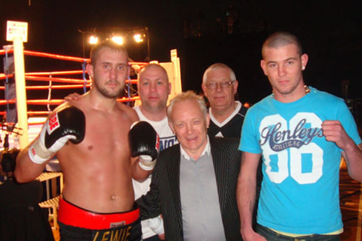 """Jon-Lewis Dickinson won Prizefighter today in London. (Photo via <a href=""""http://www.chroniclelive.co.uk/sport/boxing-news/2010/01/26/travis-dickinson-retains-unbeaten-pro-record-72703-25685936/"""">chroniclelive.co.uk</a>)"""