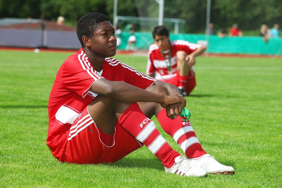 B Juniors - Bayern Muenchen v VfB Stuttgart
