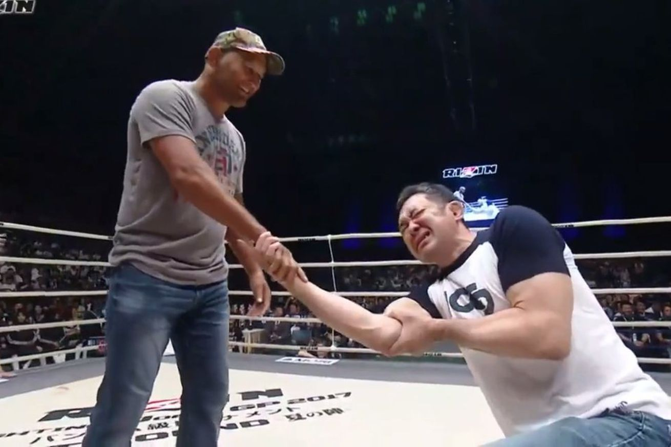 Kazushi Sakuraba to face Dan Henderson in grappling match at October RIZIN event