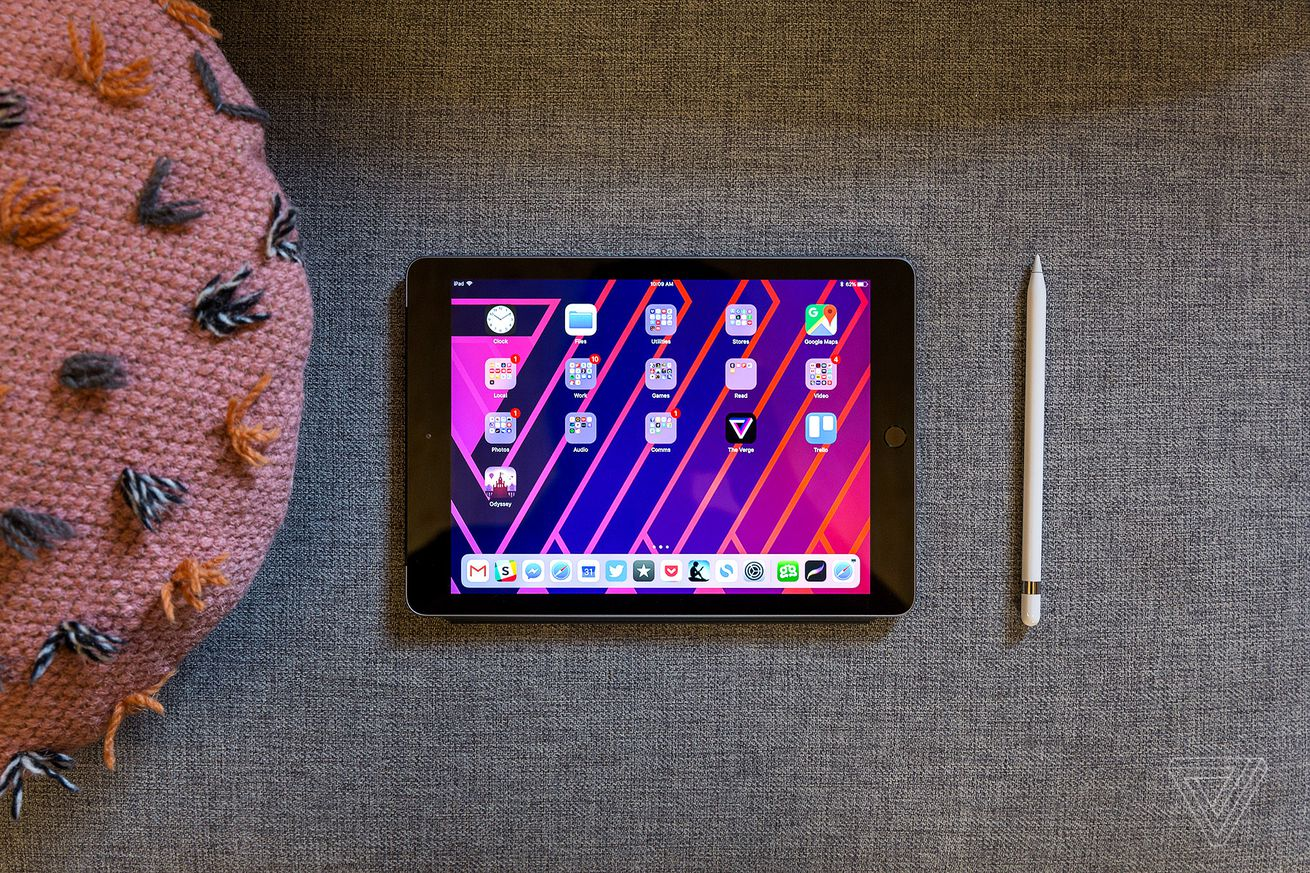 Apple's next iPad will reportedly keep Touch ID and a headphone jack