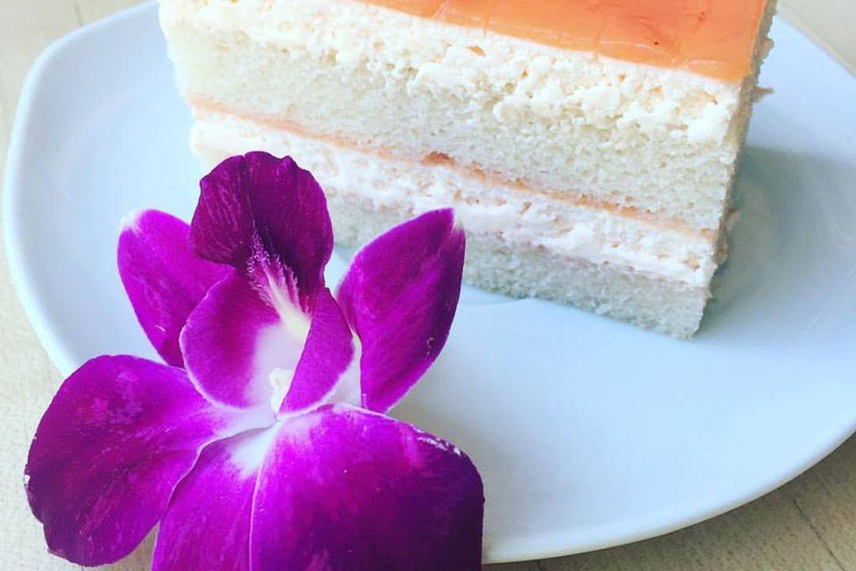 Hawaiian Guava Cake