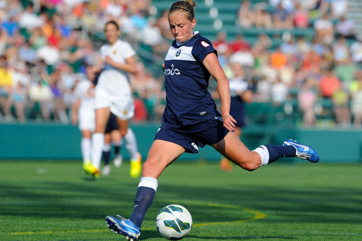 Reign defender Elli Reed has helped anchor a stingy Seattle back line in 2014
