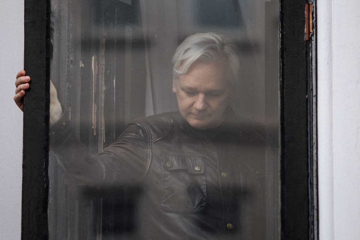Julian Assange arrested: WikiLeaks founder to face extradition to