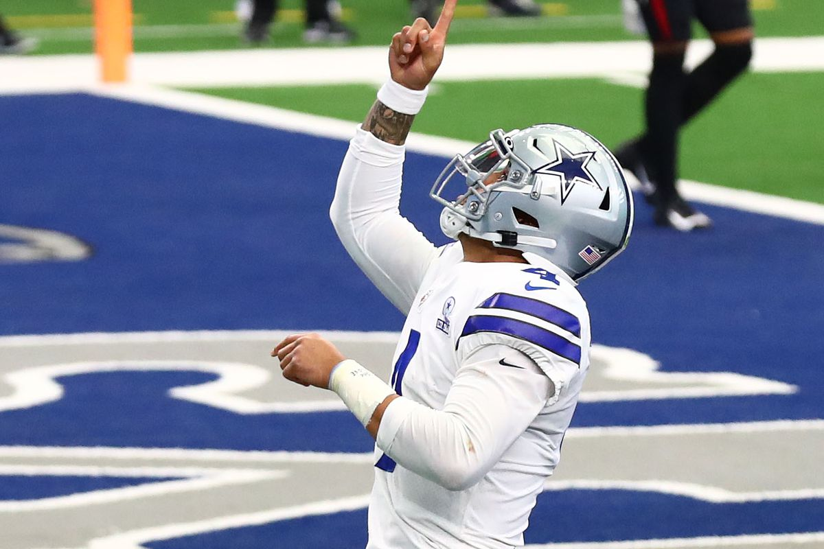 Dak Prescott made NFL history during his amazing performance in the  Cowboys' comeback win - Blogging The Boys