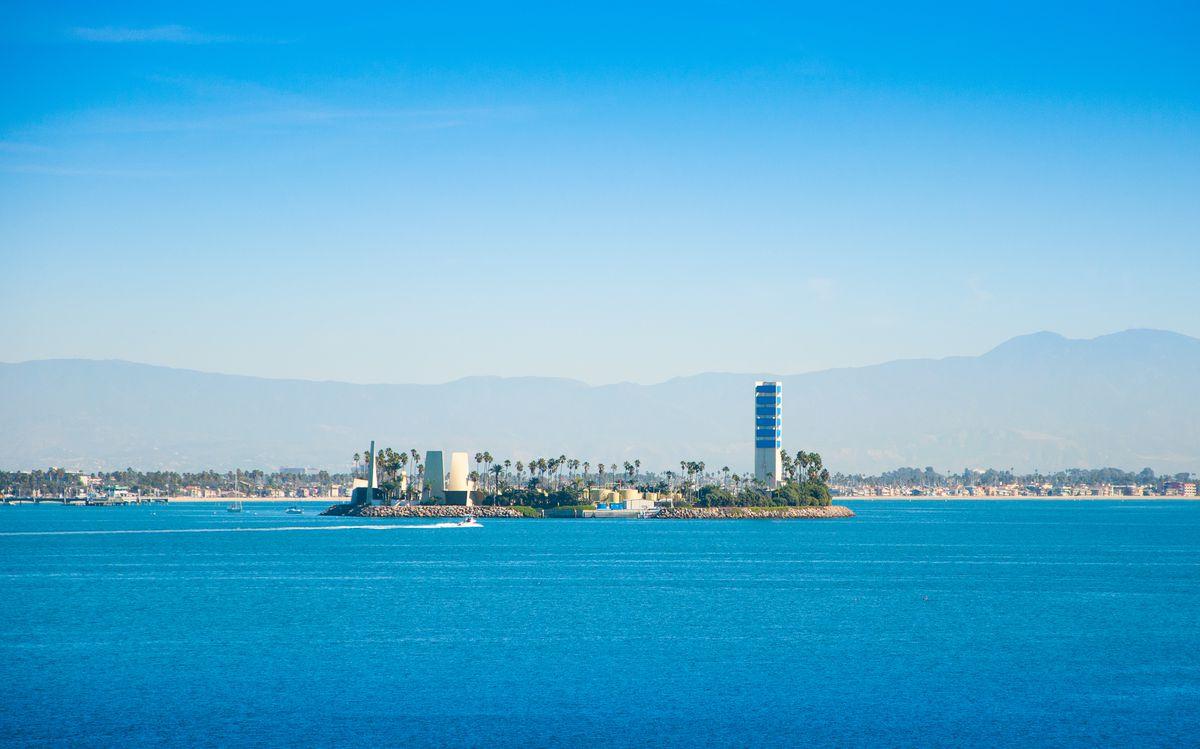 THUMS oil island, Long Beach