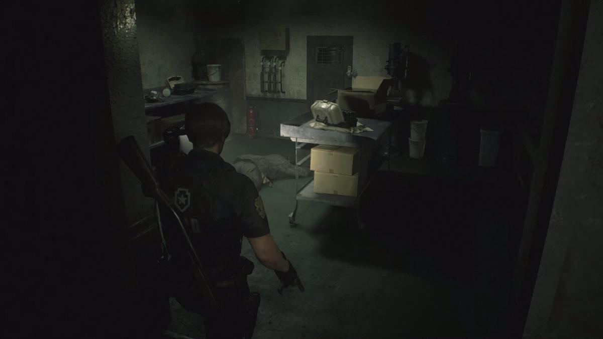 Resident Evil 2Leon sewer Workroom