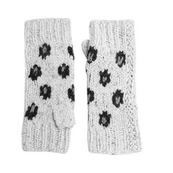 """<b>Autumn Cashmere</b> gloves, <a href=""""http://piperlime.gap.com/browse/product.do?cid=1017623&vid=1&pid=257422002"""">$94</a> (from $110)"""