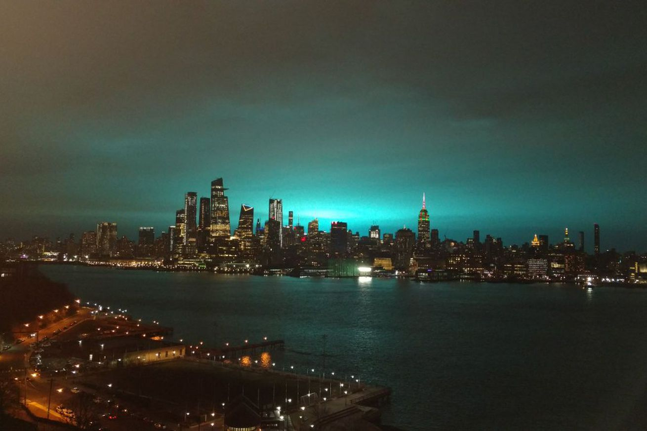The blue glow that lit up the New York City skyline last night was the result of a fire at an electrical substation in Queens.