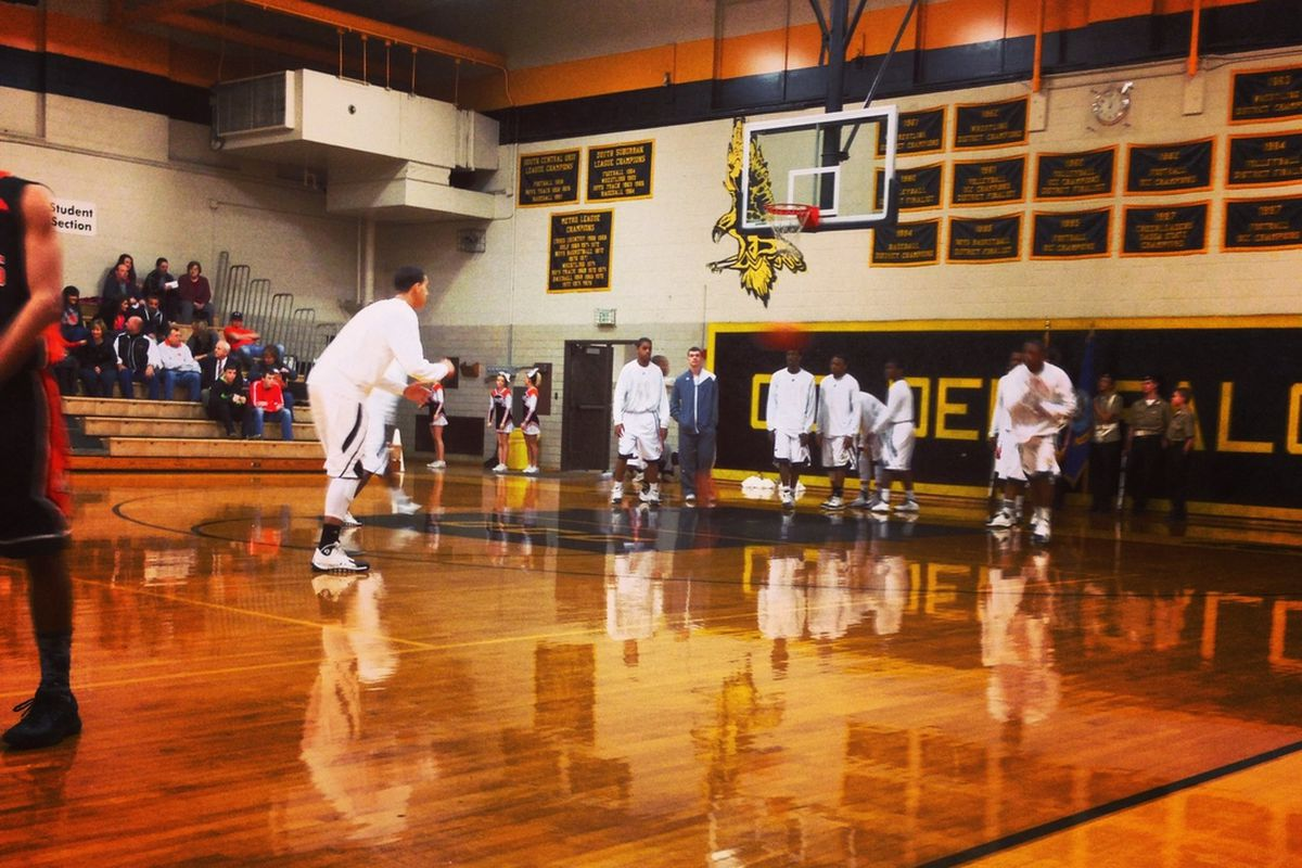 Franklin Heights advanced to the second round of the Central District section tournament on Saturday