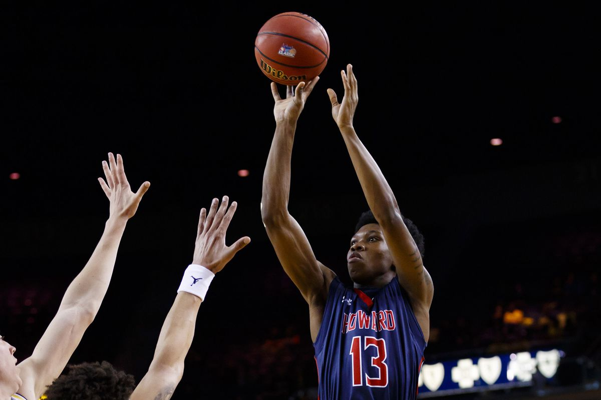 NCAA Basketball: Howard at Michigan