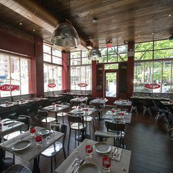 """<a href=""""http://ny.eater.com/archives/2012/06/inside_nicoletta_michael_whites_east_village_pizzeria.php"""">NYC: Inside <strong>Nicoletta</strong>, Michael White's East Village Pizzeria</a> [Krieger]"""