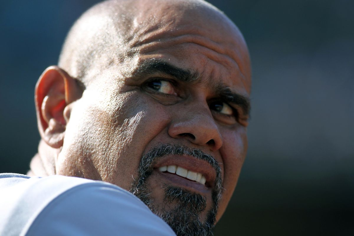 Where have you gone, Jose Oquendo? Our base runners turn their lonely eyes to you... woo-woo-woo.