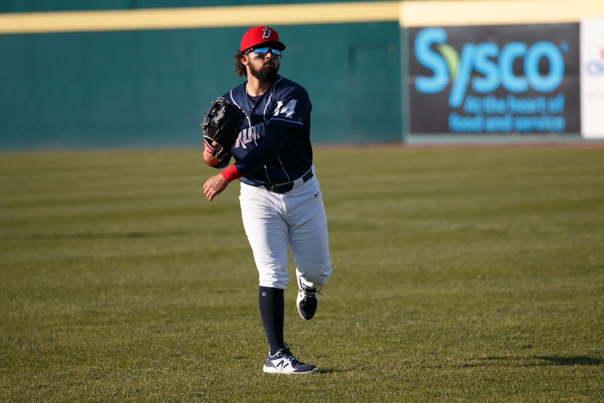 Carlos Cortes warms up before a Binghamton Rumble Ponies game on May 13, 2021.