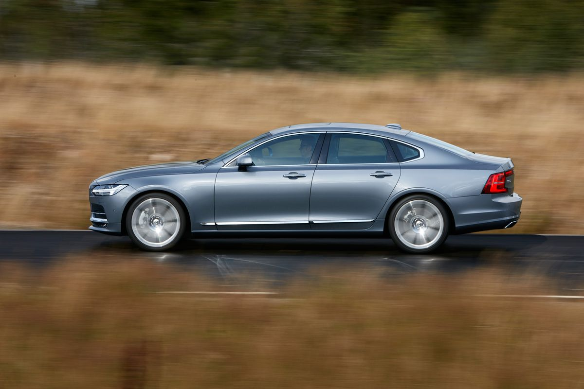 Ordering Volvo S New Flagship Sedan Is A Little Like Ordering A Tesla The Verge