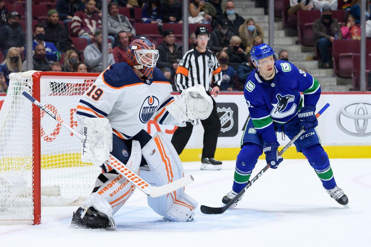 NHL: OCT 09 Preseason - Oilers at Canucks