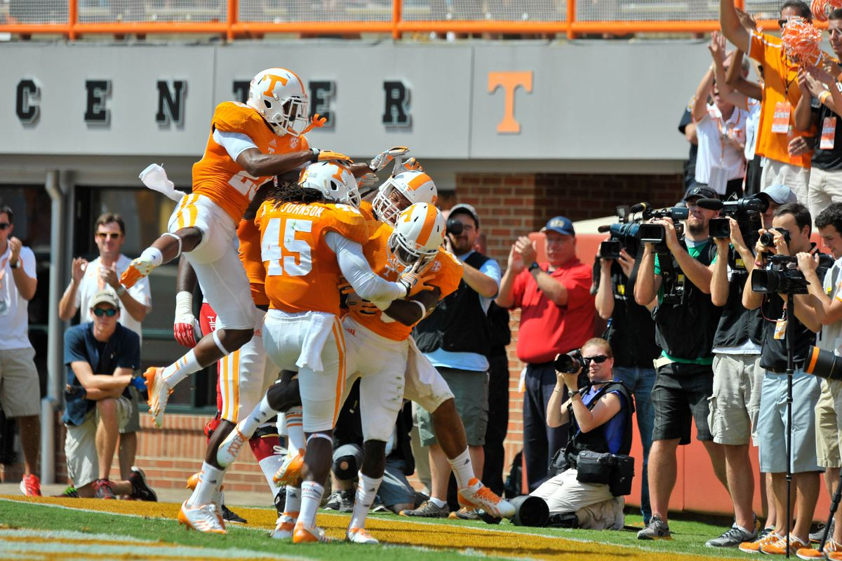 Tennessee Western Kentucky Final Score Vols Rout Hilltoppers 52 20