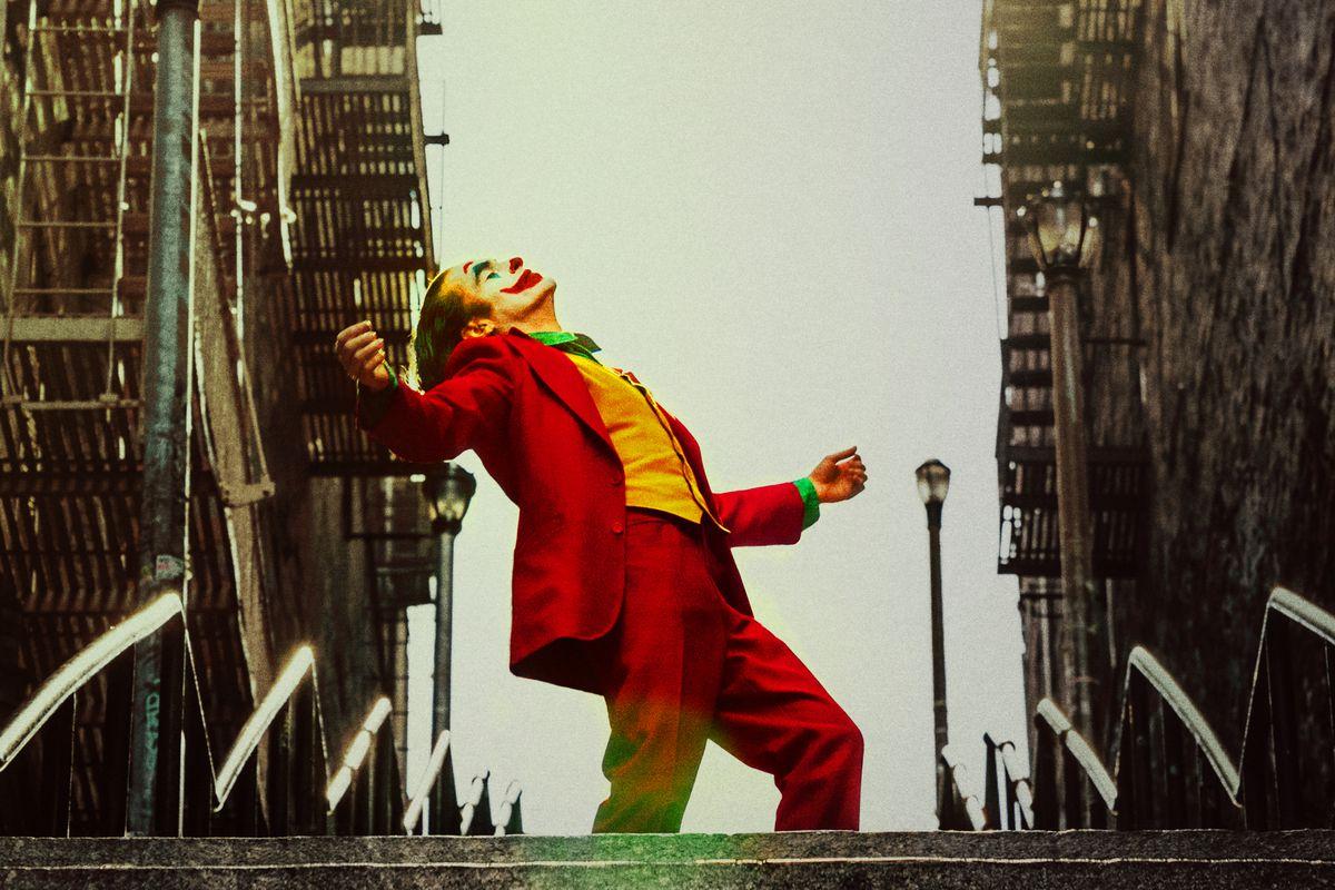 Joaquin Phoenix as the Joker looks to the sky