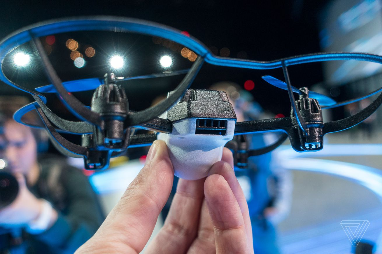 intel s new shooting star mini drones can make indoor lightshows