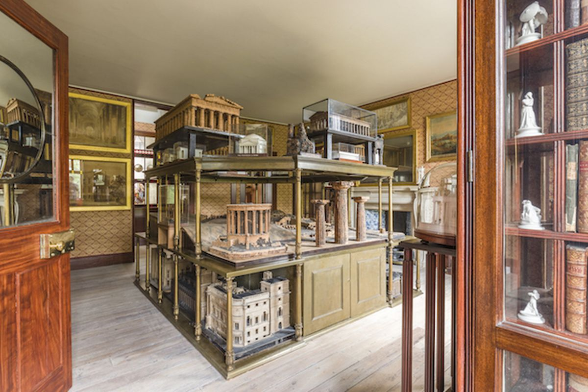 A view of the Model Room of Sir John Soane's residence, recreating a watercolor of the room painted by C J Richardson c.1834-35. All photos by Gareth Gardner.