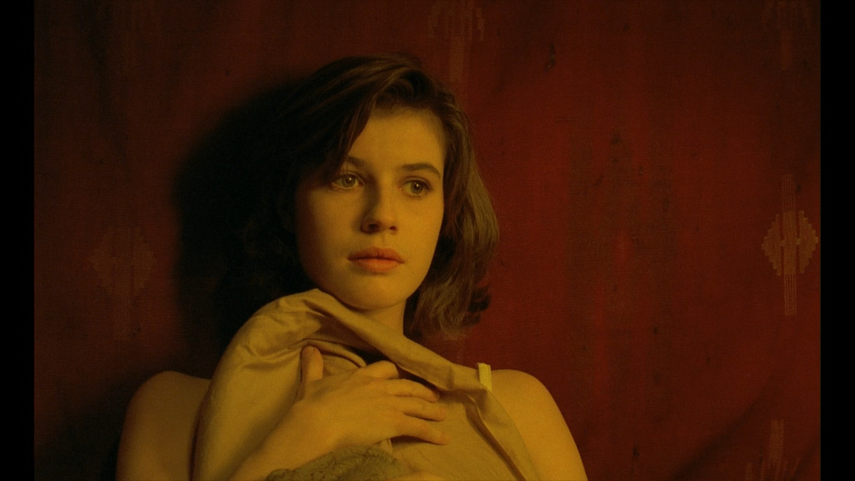 Irene Jacob looks thoughtful in The Double Life of Veronique.