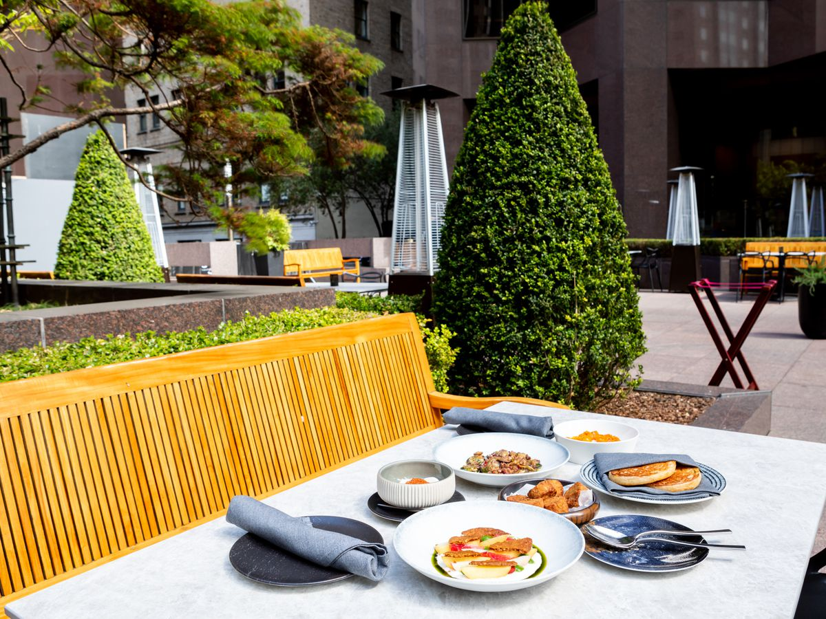 Outdoor dining at the Vault